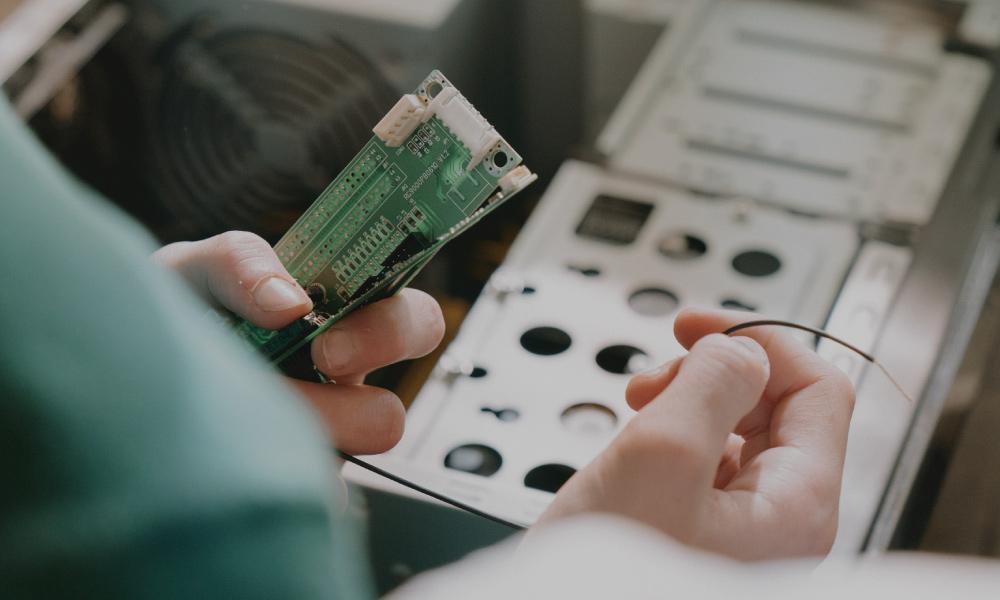Venta de equipo tecnológico